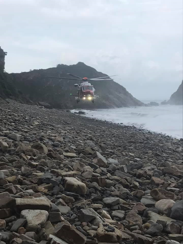 Casualty airlifted from Monkstone beach