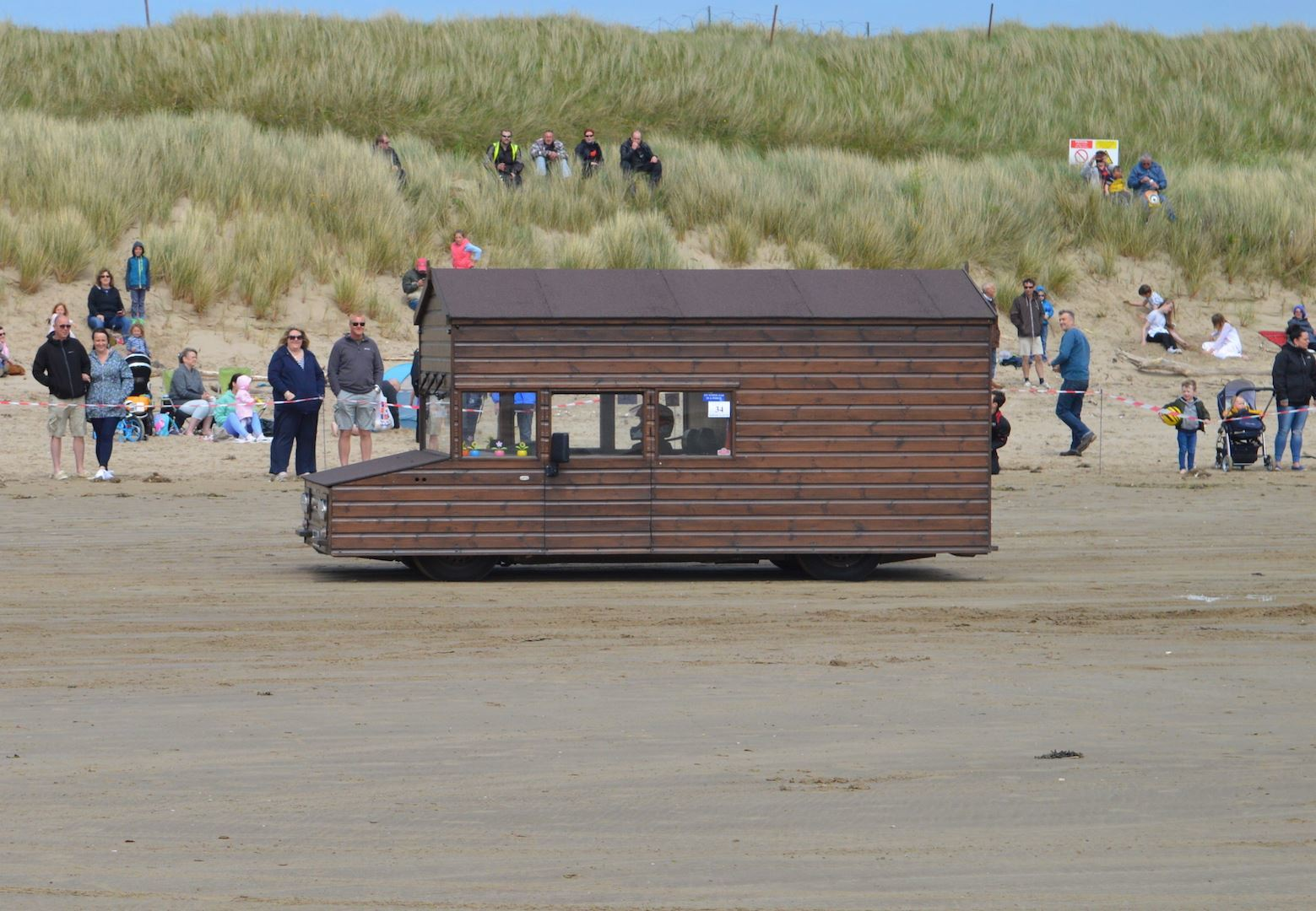 The Pendine Straightliners event is a weekend of record-breaking bids on the famous beach