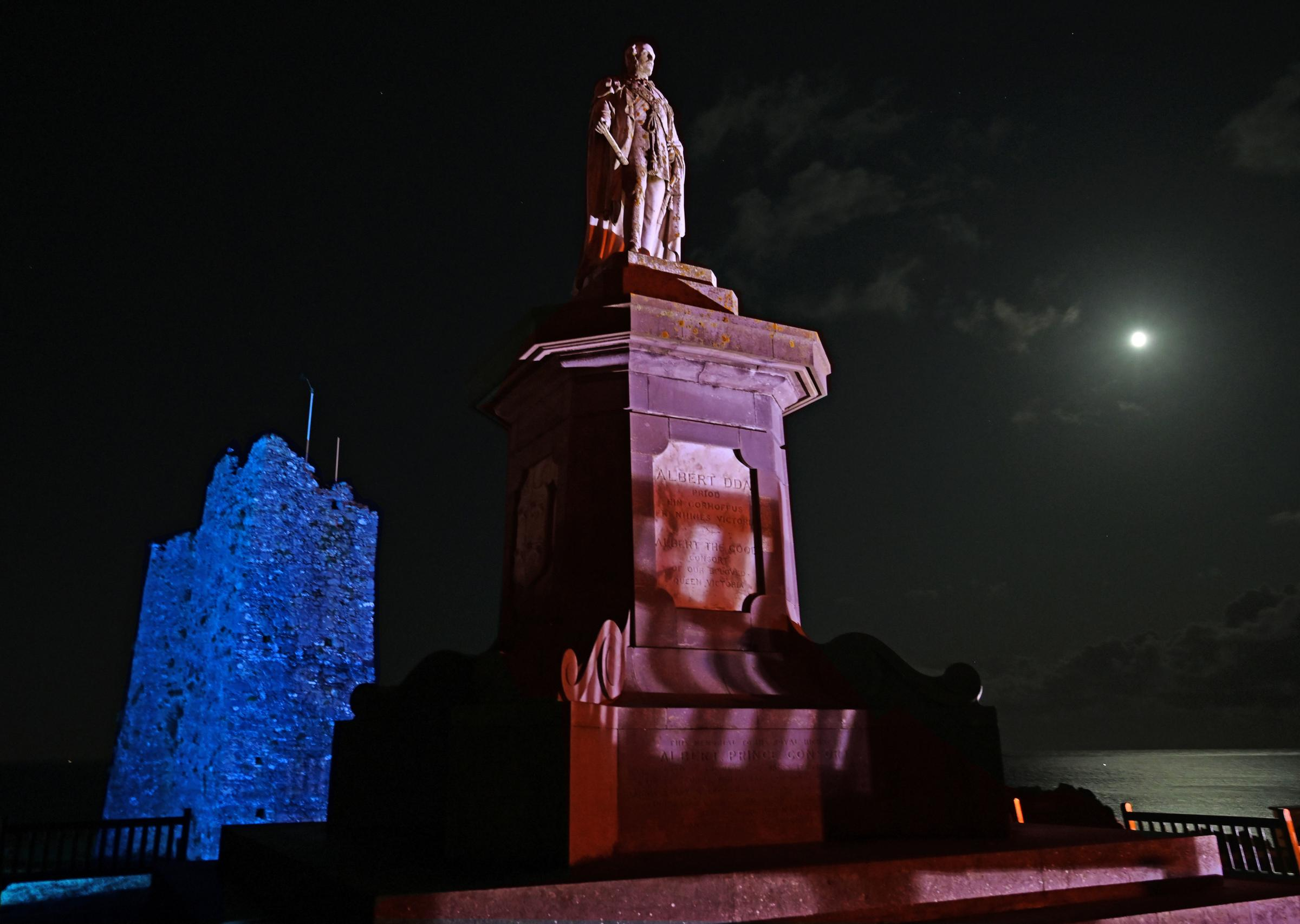 Landmarks lit up to honour Baby Loss Awareness Week