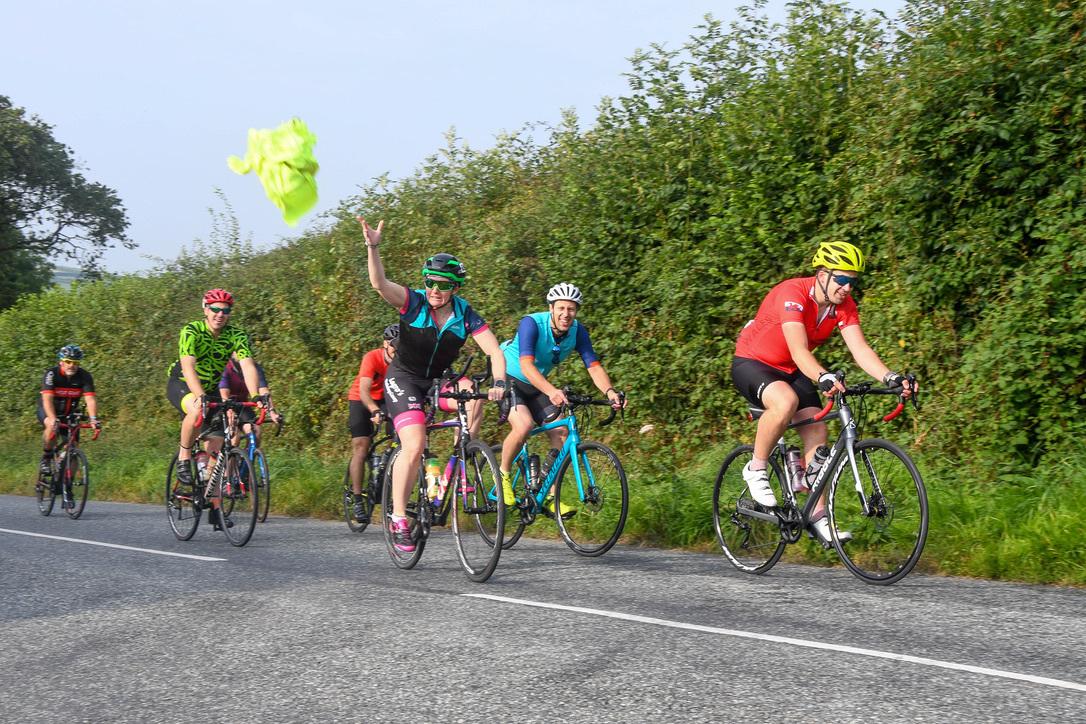 'Il Giro de Pembrokeshire' bike ride returns raising £1,000 for charity