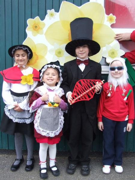 Extra St David's Day Pictures 2012 Orielton school