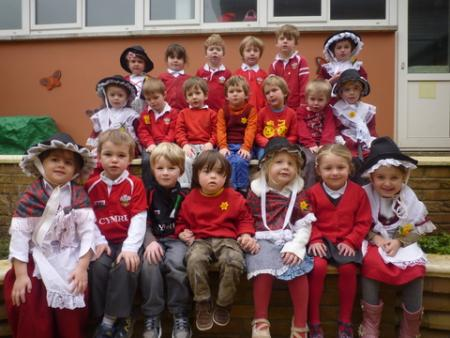 Extra St David's Day Pictures 2012 Croesgoch School