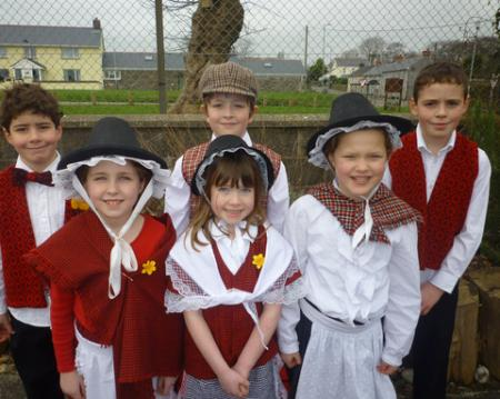 Extra St David's Day Pictures 2012 Wolscastle School