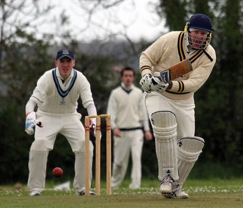Ian Jenkins in batting action for Lawrenny.	Picture:  Susan McKehon