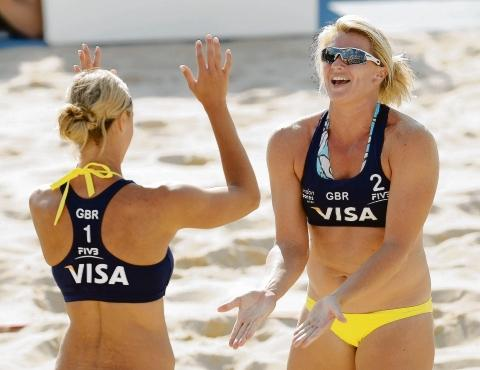 Western Telegraph: Lucy Boulton (right) is expected to miss out on selection for the Olympics