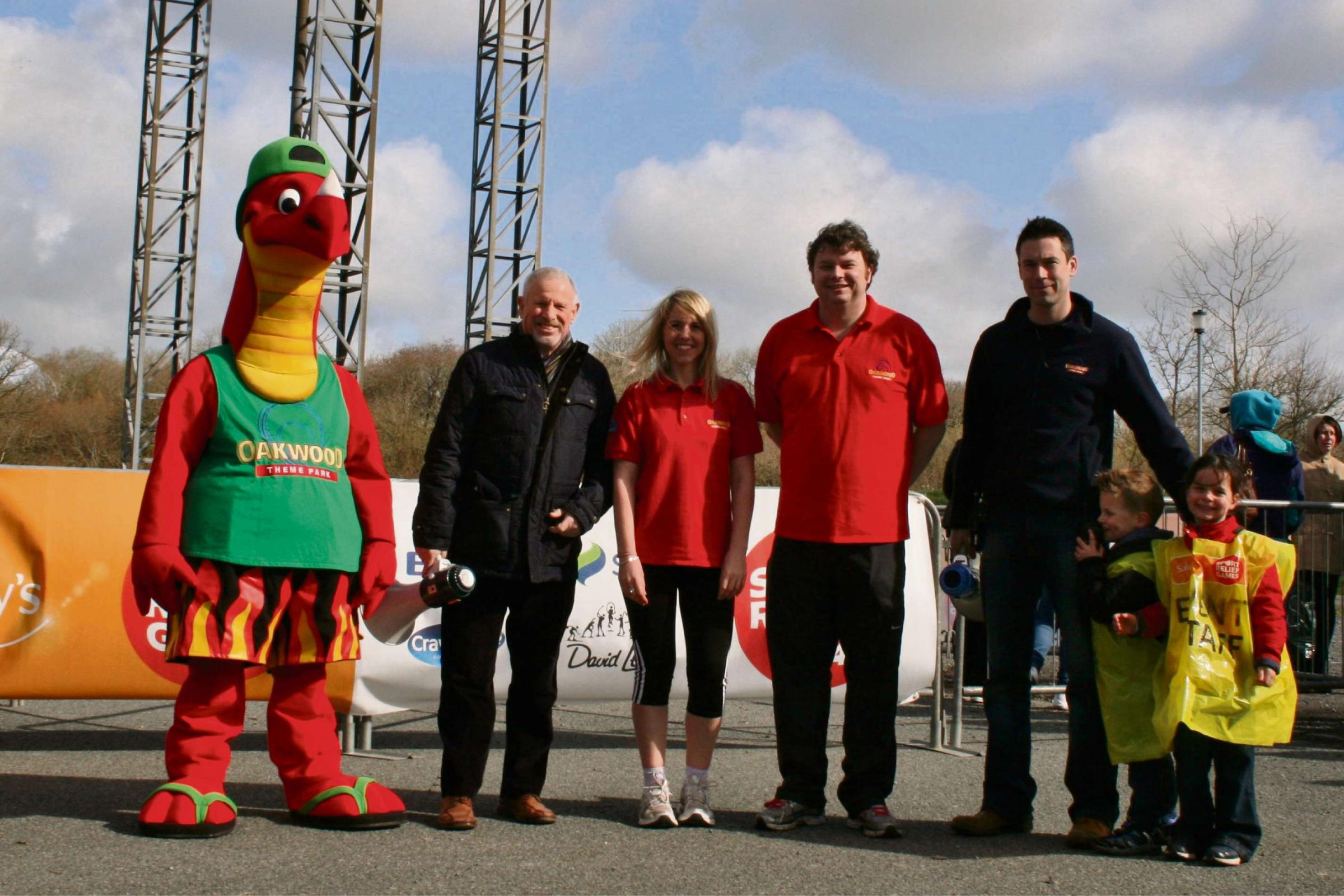 CHARITY THEME: Scorch the Dragon with Councillor David Pugh, Oakwood's Clare Stansfied, Dominic Jones and David Stock. (4910583)