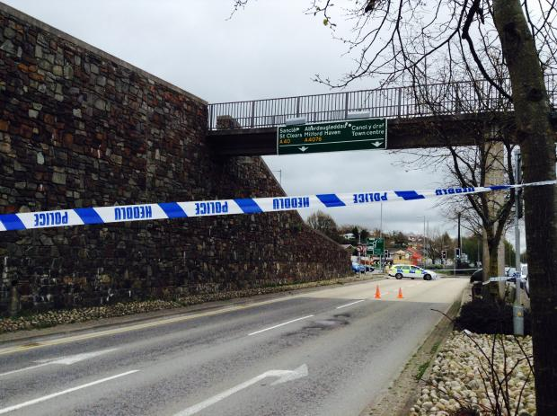 Western Telegraph: Police confirm death of man, 42, in Haverfordwest town centre incident