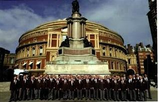 David Vaughan and his choir, the Dunvant RFC Singers, will perform at St Mary's Church today, Sunday, July 20 at 7pm.
