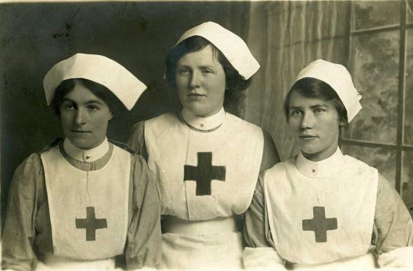 The Red Cross will exhibit a number of historic items at Pembrokeshire County Show to commemorate the outbreak of World War One.
