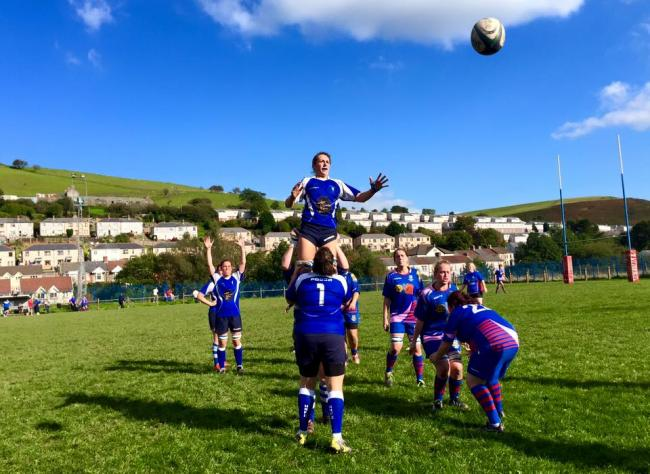 Clodagh Llewhellin goes for the lineout ball.
