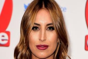 Ferne McCann shares a picture of herself after a 'vampire facial' and it looks terrifying