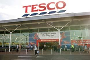 Western Telegraph: Supermarket giants - Tesco and Sainsbury's can absorb the cost of fuel increasing because of their size. (26865-2 & 43492-a)