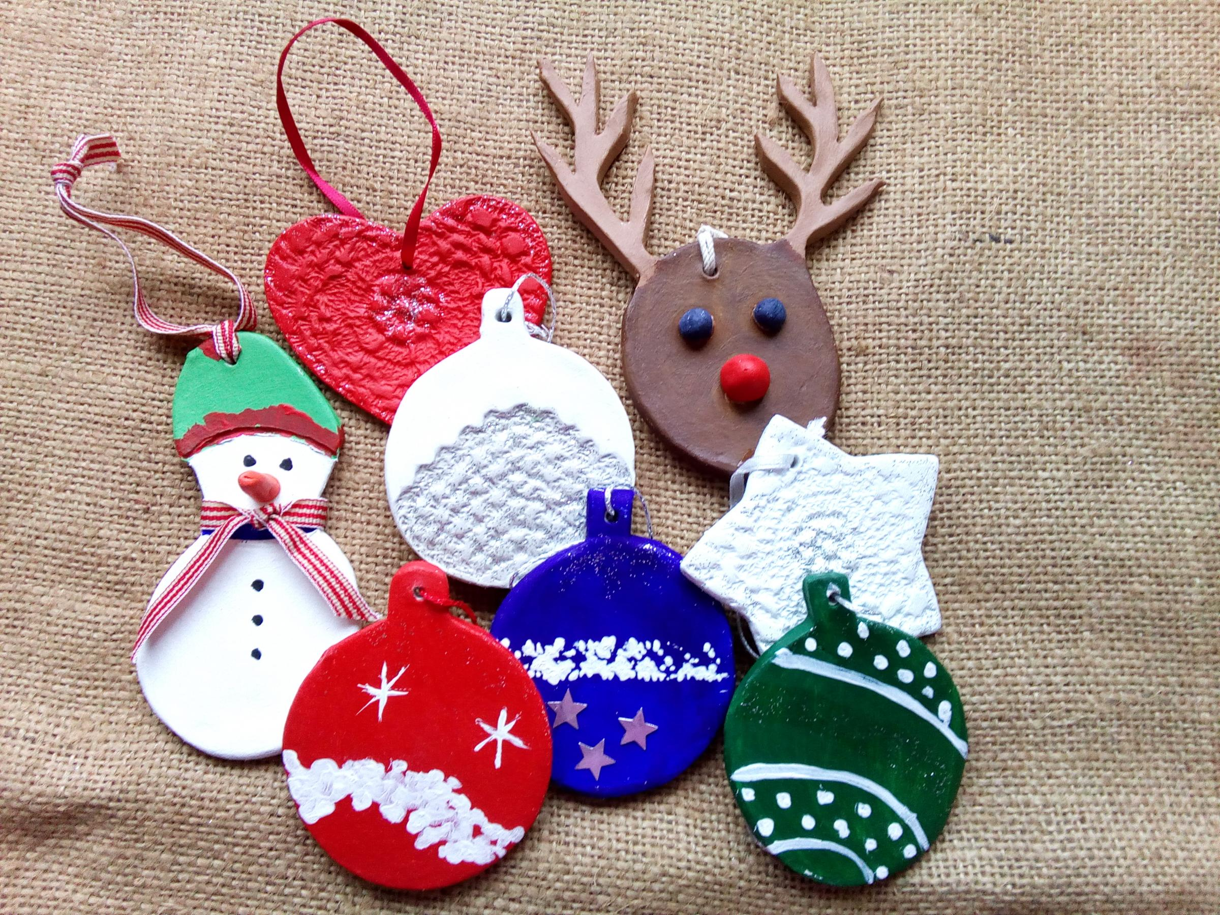 Adult christmas tree decorations workshop