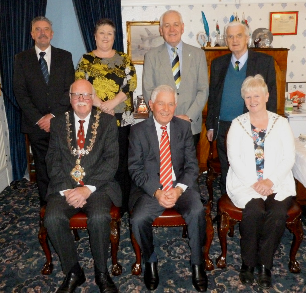 Alan Jones was a special guest at the mayor's parlour before attending the Haverfordwest dinner.