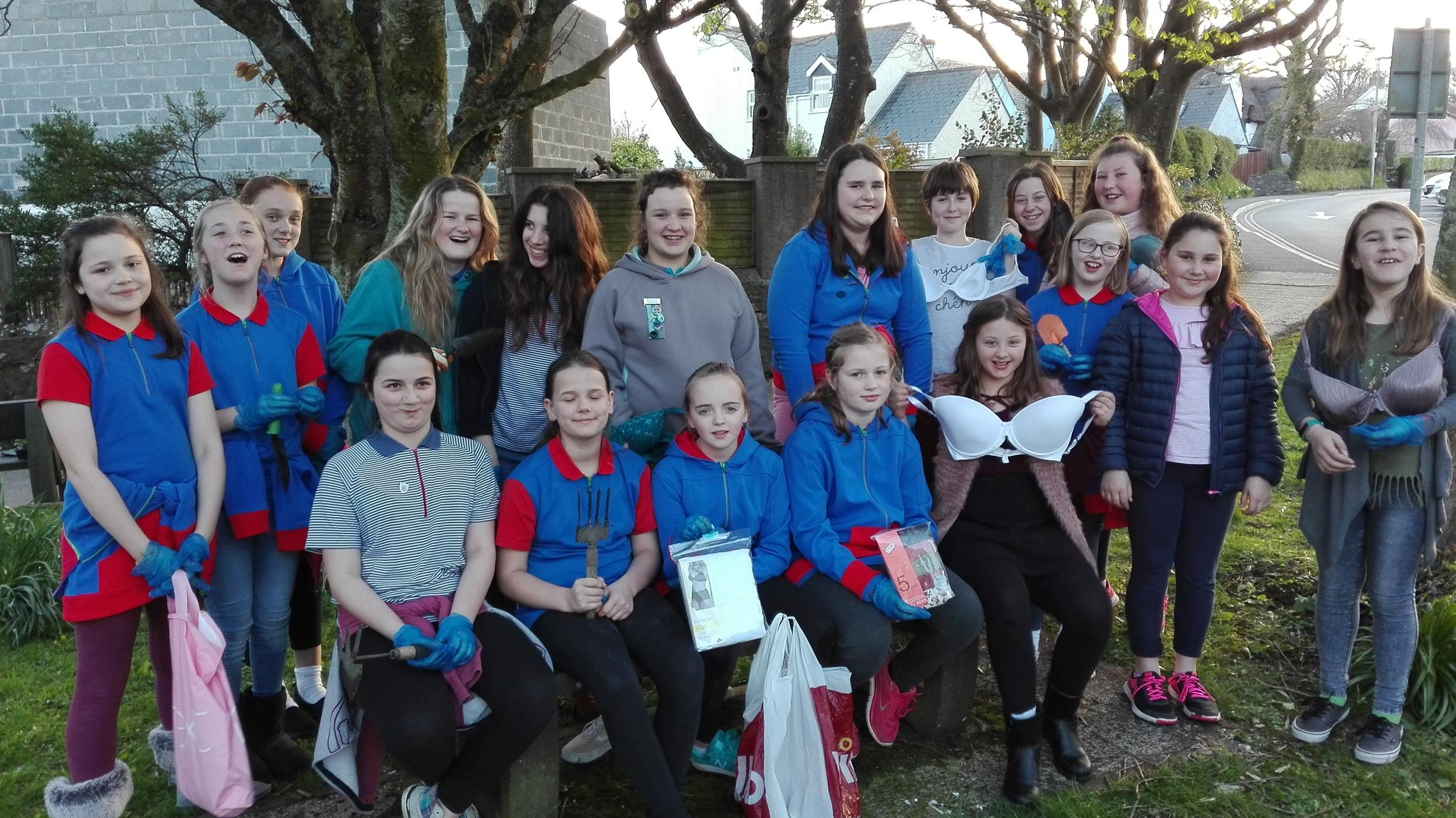 St Issell's Guides are helping Charlotte McAllister show support for the charity Smalls for All..