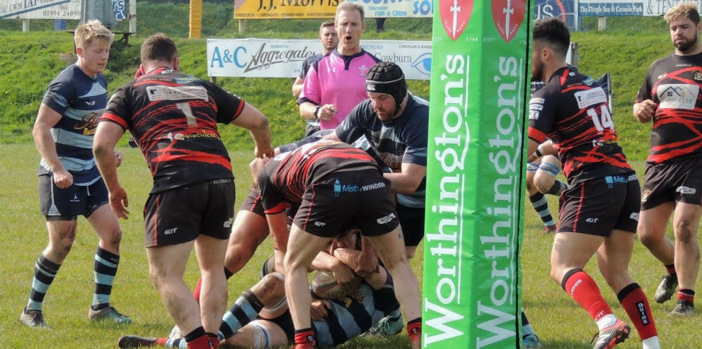 Narberth attack the try line against Maesteg Quins.