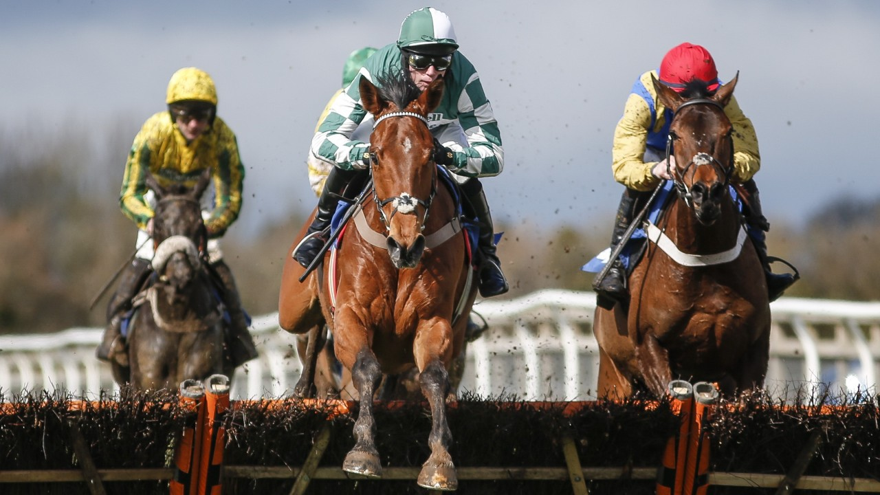 Lorcan Williams and Captain Cattistock (green) were victorious at Fontwell. PICTURE: Alan Crowhurst/ Getty Images