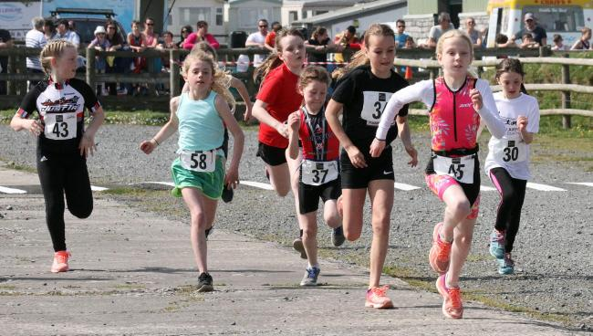 Youngsters show their speed in Carew. PICTURE:Susan McKehon.