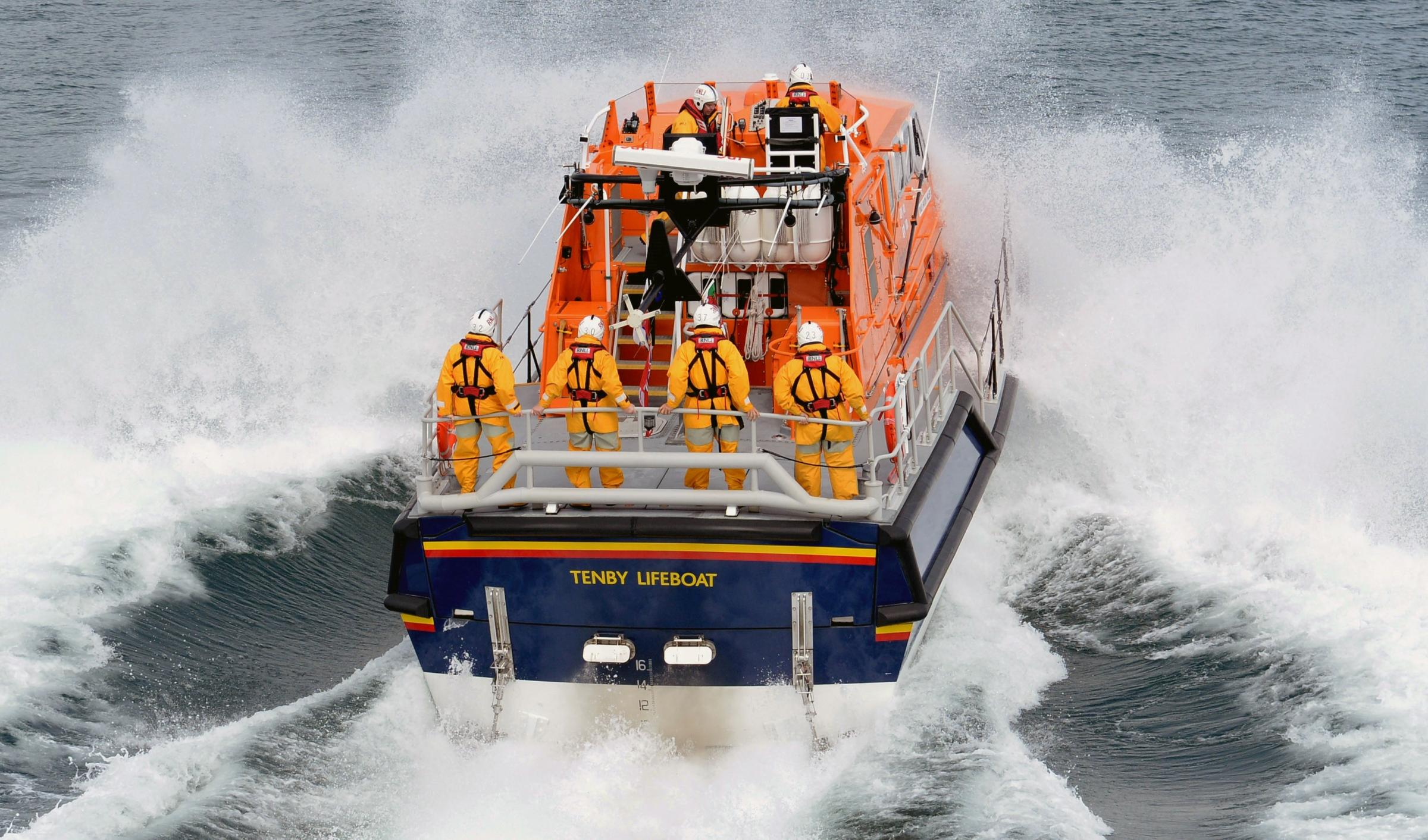 Woman rescued from Caldey after suspected arm fracture