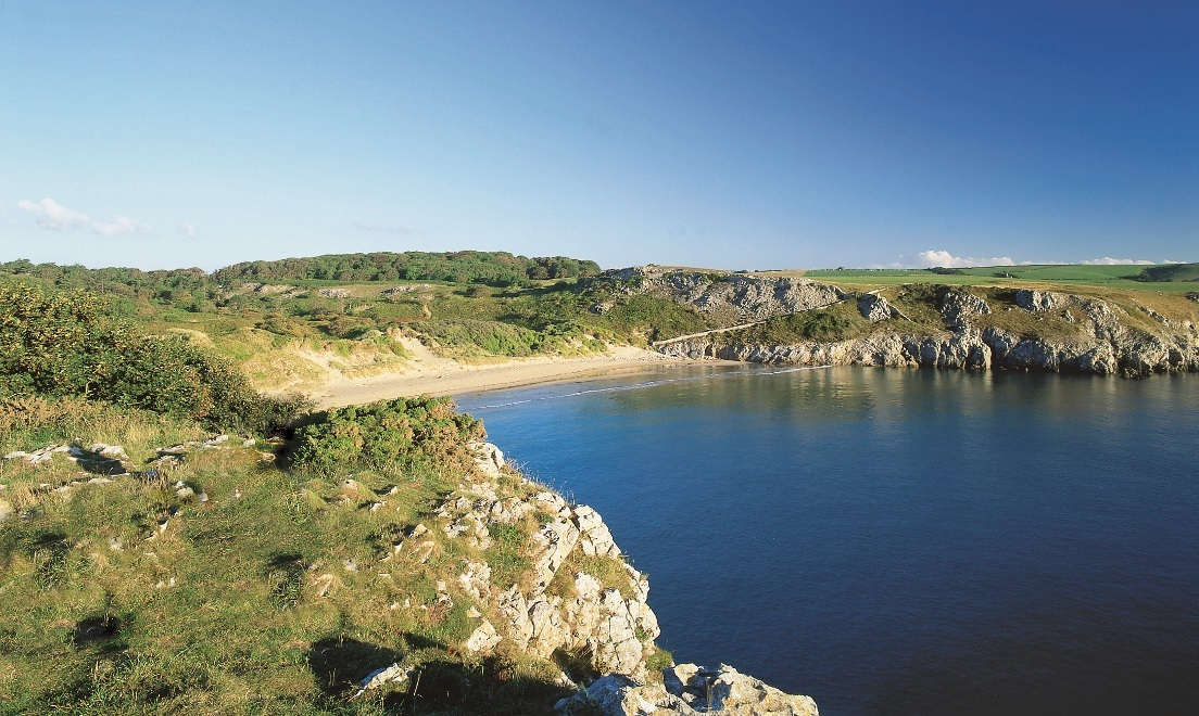 Pembrokeshire beaches claim 11 Blue Flags in 2019 Wales Coast Awards