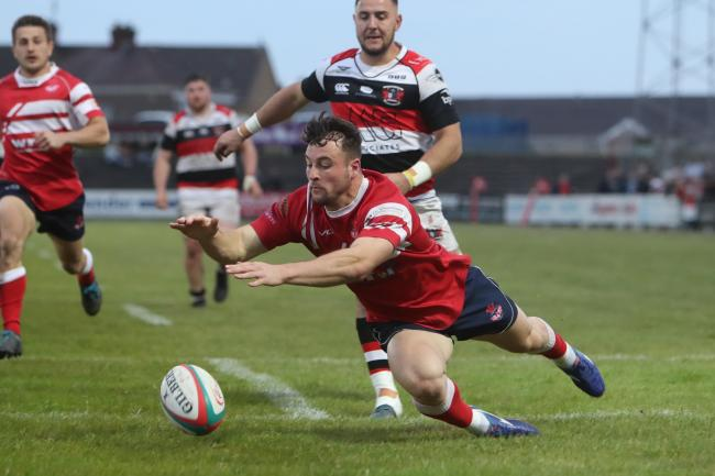 Ryan Conbeer scores for Llanelli. PICTURE: Riley Sports Photography.