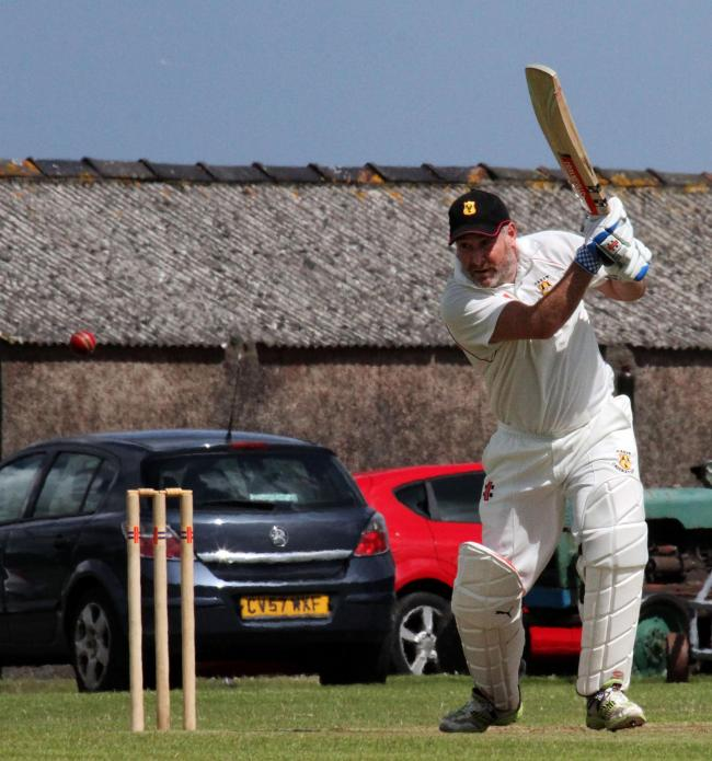 Nick Scourfield played a great knock for Carew. PICTURE: Brian McKehon.